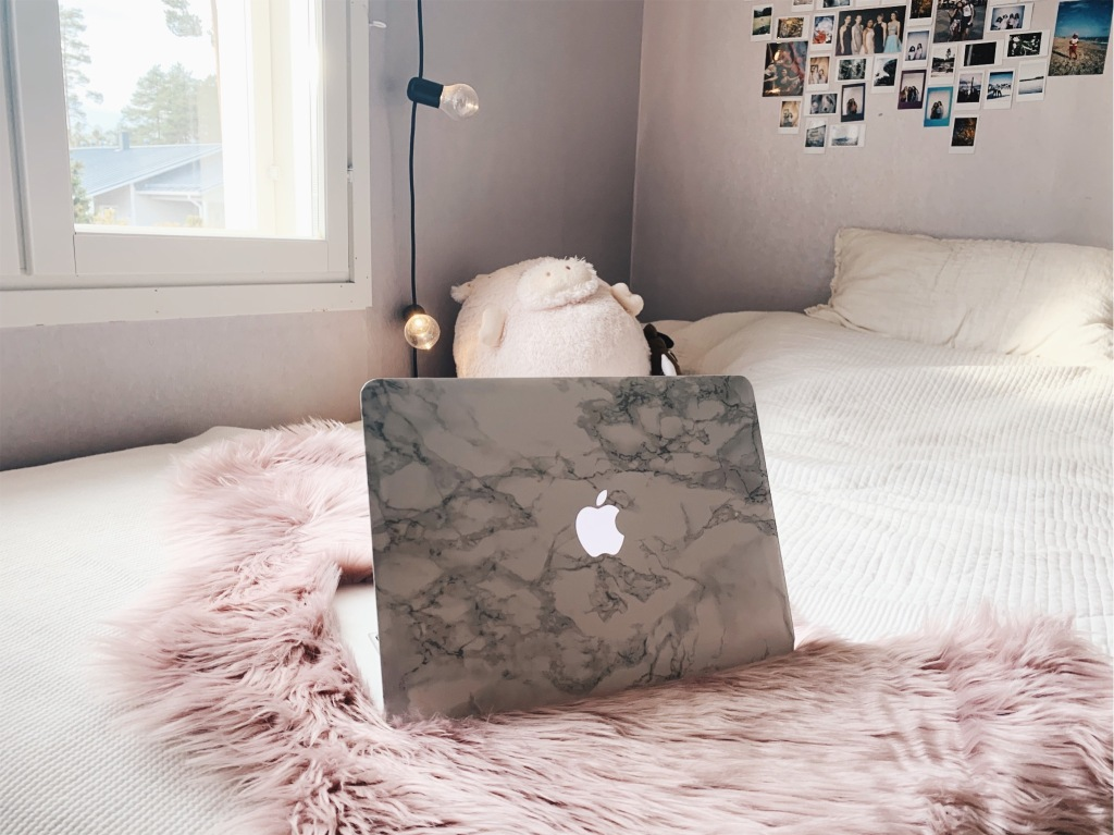 Marble macbookskin DIY